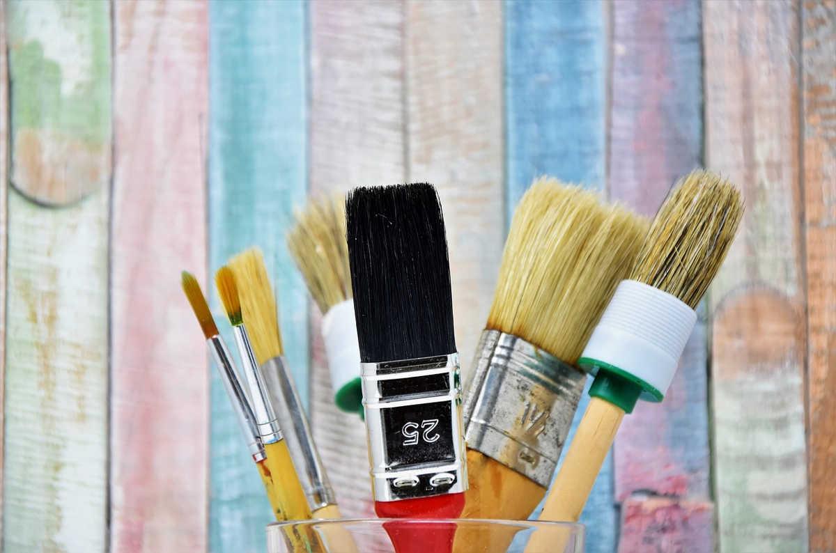 Farby kredowe do mebli – hit w dziedzinie odnawiania