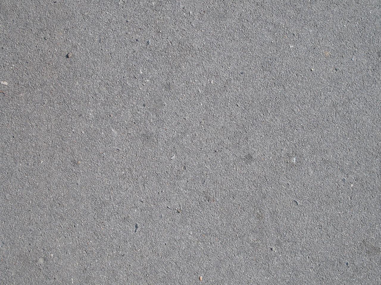 Co daje lakier bezbarwny do betonu?